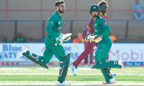 Hafeez and shoaib malik notboffered contracts