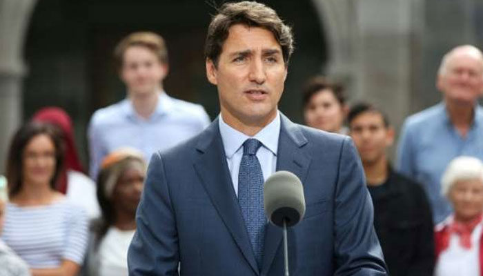 Campaigning Justin Trudeau vows assault rifle ban